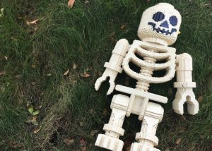 Legloland Brick or treat skeleton